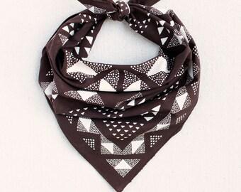 Hand Printed Bandana, Bandana for Women and Men, Brown Bandana, Geometric Scarf, Hiking Gift, Bandanas for Women, Quilt Pattern