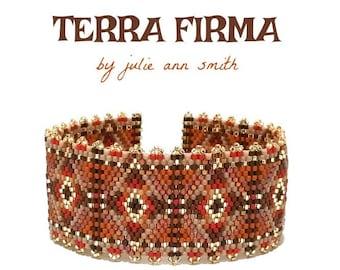 Julie Ann Smith Designs TERRA FIRMA Odd Count Peyote Bracelet Pattern
