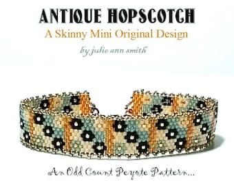Julie Ann Smith Designs ANTIQUE HOPSCOTCH Skinny Mini Odd Count Peyote Bracelet Pattern