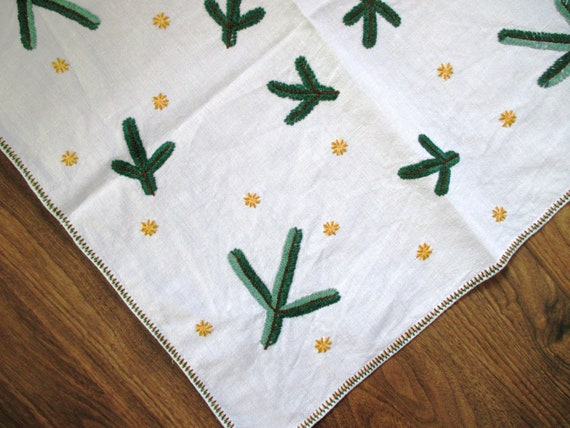 Embroidered Christmas Tablecloth Rustic Linen Evergreens Vintage Germany 21