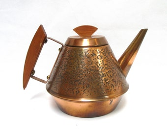 Copper Tea Kettle Teak Handle Tea Pot Hammered Copper & Wood Teapot Midcentury 1960s Kitchen Rustic Country Kitchen Decor Teak Handled Vase