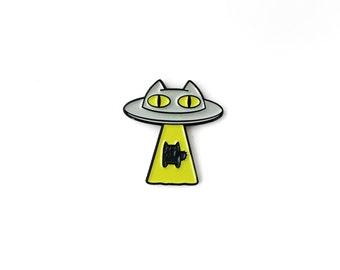 Alien Abduction Cat Enamel Lapel Pin • Chartreuse