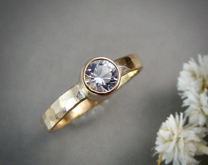 white sapphire reflection ring... 5 mm sapphire ring, gemstone stack ring, stacking ring, diamond alternative ring, hammered gold ring.
