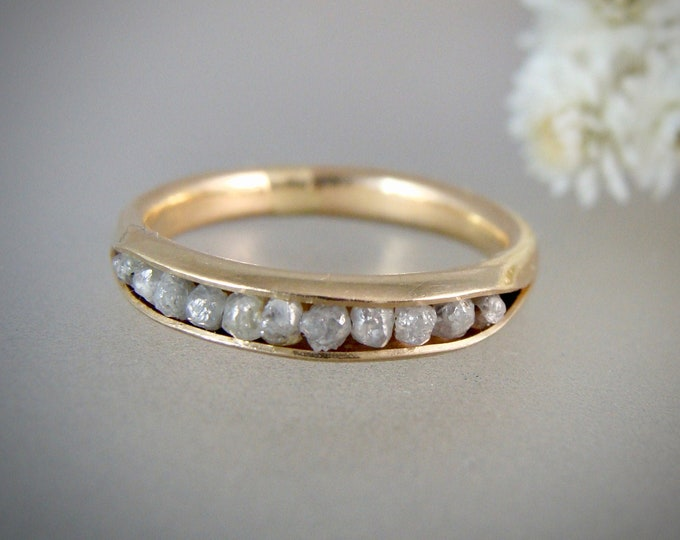 ready to ship size 6...raw diamond ring .. solid 14k gold diamond band ring, conflict free diamonds, raw diamond band ring