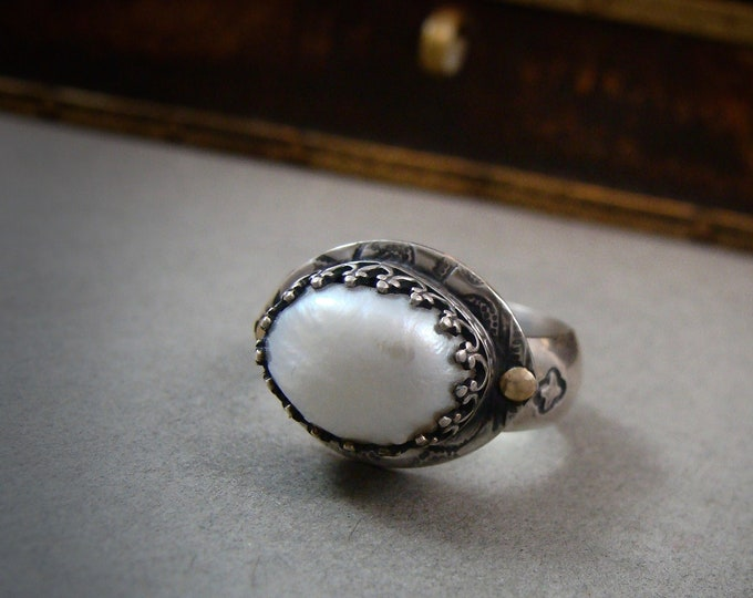 Baroque pearl cocktail ring .. gifts for her, pearl jewelry, pearl ring