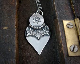 fleur pendulum ... silver pendant