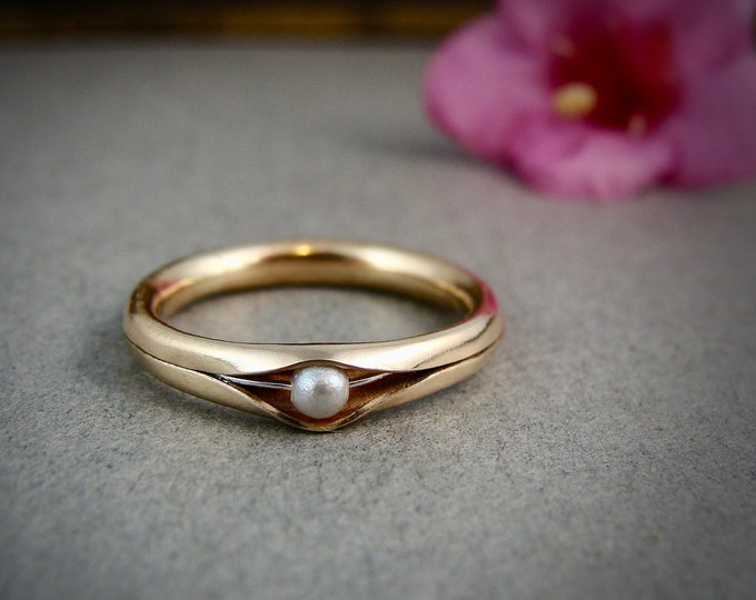 ready to ship size 8 1/2 princess and the pea ring  .. solid 14k gold stack ring, pearl rings, classic pearl ring, pearl band ring.