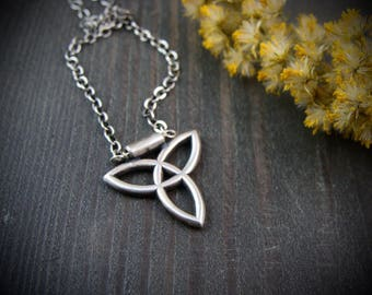 trefoil ... sterling silver pendant, layering pendant, Celtic jewelry, gifts for her