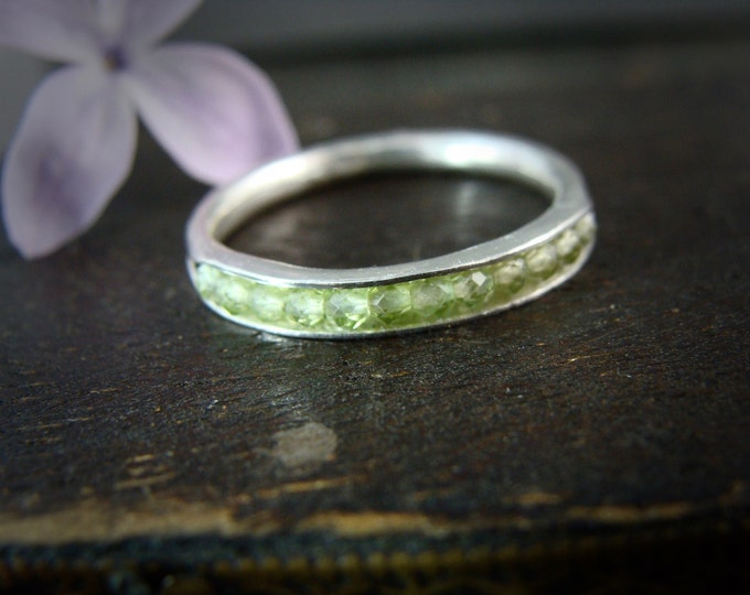 peridot gemstone stack ring.. August birthstone ring, silver stack ring, gifts for her
