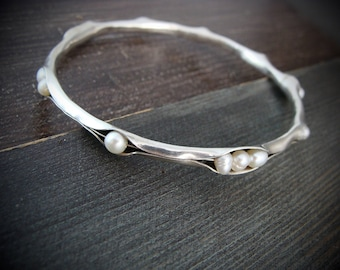 scattered pearl bangle.. pearl bangle, stack bangle, silver stack bangle, pearl bracelet, gifts for her