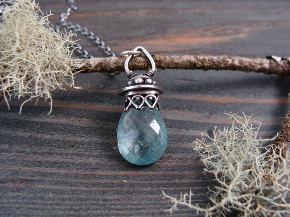 aquamarine pendulum  ... aquamarine and sterling pendant, layering pendants, handmade jewelry, January birthstone, gifts for her