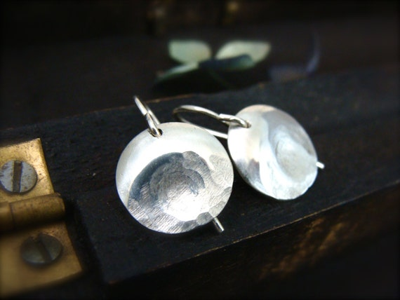 thumbprint ... sterling silver earring, small earrings, disc earring, simple earring, simple jewelry, hammered silver jewelry, gifts for her