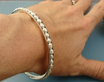 pearl bangle, stack bangle, silver bangle, silver bracelet, pearl jewelry, gifts for her, 925