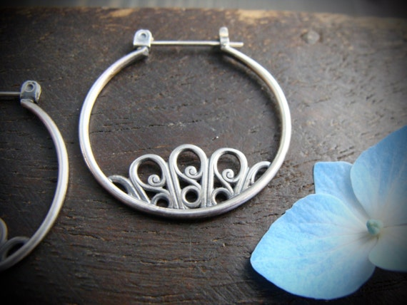 floret ... sterling silver hoops, handmade jewelry, filigree earrings, silver hoops, filigree hoop, botanical hoops, gifts for her