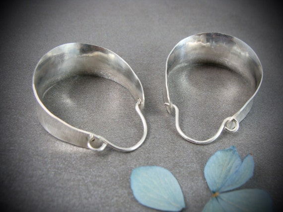saddle hoops ... sterling silver hoops, handmade jewelry, gifts for her