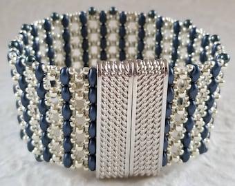 Trellis Bracelet in Silver & Pastel Montana Blue