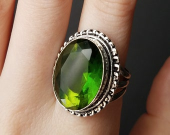 Huge Vintage Sterling Silver and Green Glass Faceted Oval Ring Size 9