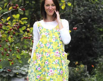 XS- 5X No Ties Apron in Yellow Floral