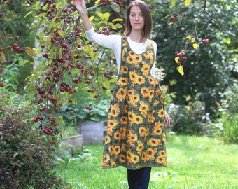 XS- 5X No Ties Apron in Sunflowers