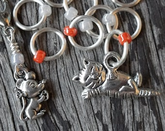 Small Snag Free Knitting Stitch Markers Progress Marker Silver Tone Ginger Tabby Cat With Mouse Fits Needles Up To 4.5mm