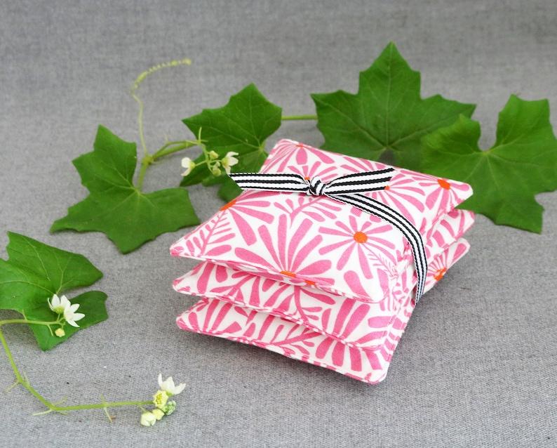 Set of 3 Petite Lavender Sachets Pink /& Orange Daisies