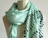 DNA Print Scarf. DNA Double Helix printed soft pashmina. Science scarf. Gift for science teacher, genetic researcher, genealogy, family tree