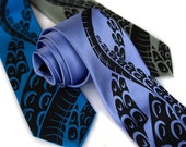 Octopus Print Tie. Squid Necktie. Sucker tentacles. Men's silkscreen printed necktie. Cthulhu inspired. Choose narrow or standard size.