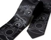 Camera Tie, SLR camera necktie. Mens black tie. Old film cameras, wedding photographer gift, filmmaker, photo teacher, photojournalist