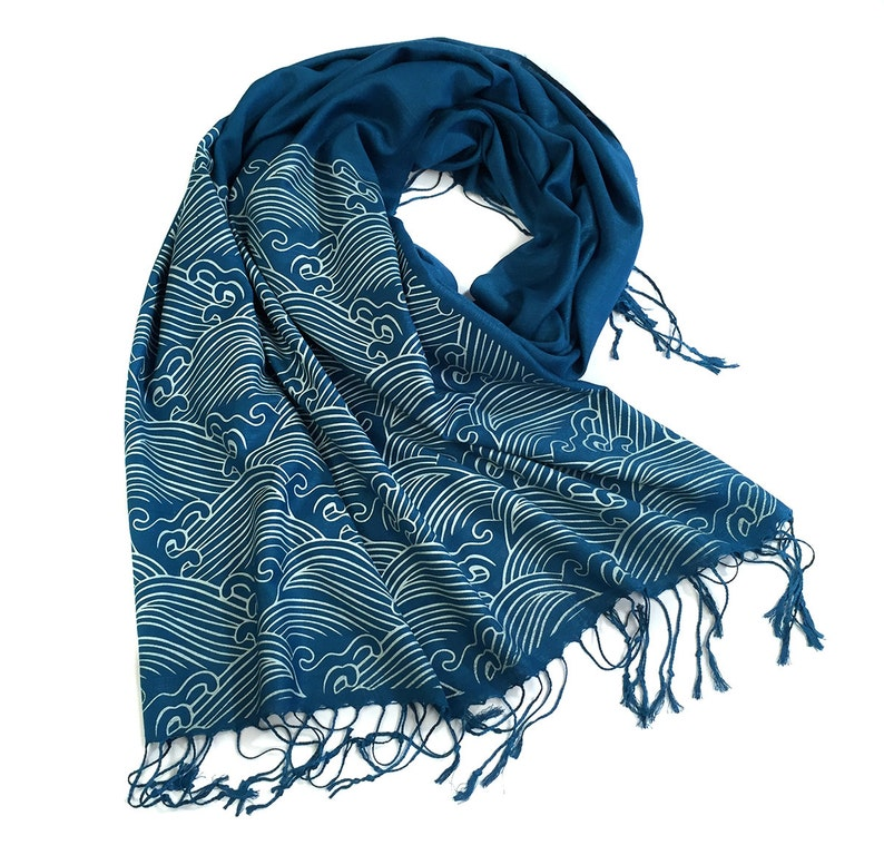 Crashing Waves scarf. Japanese textile motif pashmina. Bamboo image 1