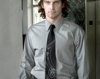 Men's silkscreen record player necktie. Turntable screen printed tie. Dove gray print. Choose standard or narrow width.