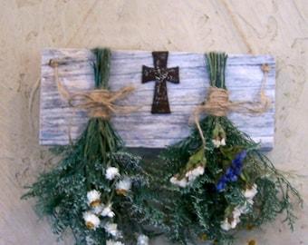 dried flower rack, floral arrangement,  primitive decor, country decor, farmhouse decor, rustic decor