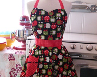 The BELLA Vintage Inspired Market Fresh Apples on Black Full Apron