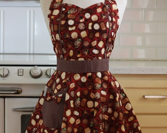 The MAGGIE Vintage Inspired Chocolate Full Apron