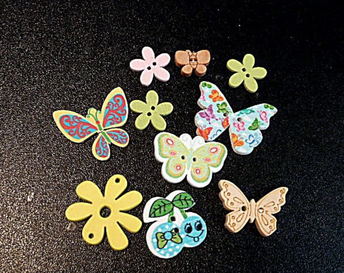 Buttons Butterflies  and Flowers   set of 10  / M19