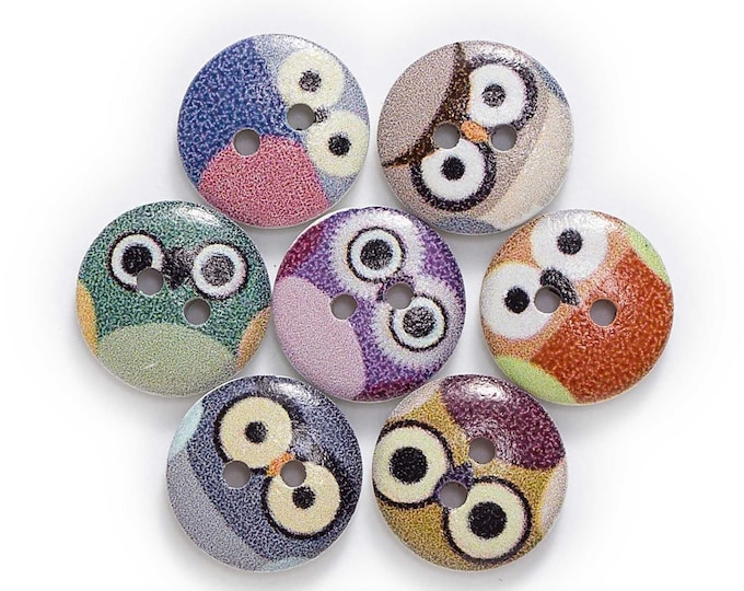 Owl Faces Round Button se of 10  /  8
