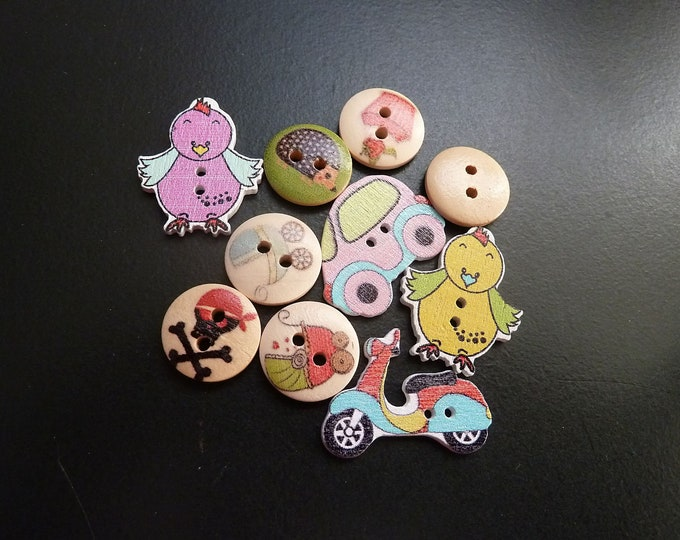 Buttons Dye-Cut and Round  set of 10 /M3