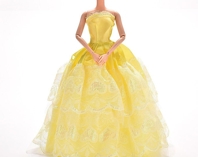 Barbie Evening Gown in Yellow With Lace and Shoes