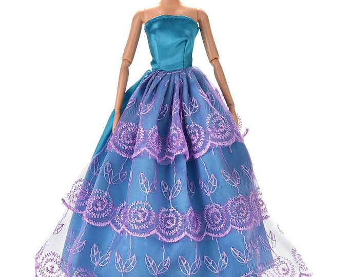 Barbie Doll Fashion Forward Staples Ball Gown and Shoes