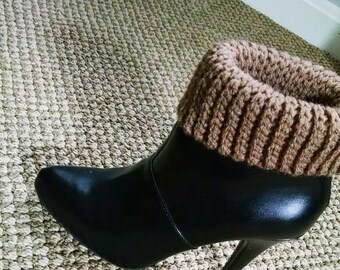 Adjustable Crochet Boot Cuffs Pattern