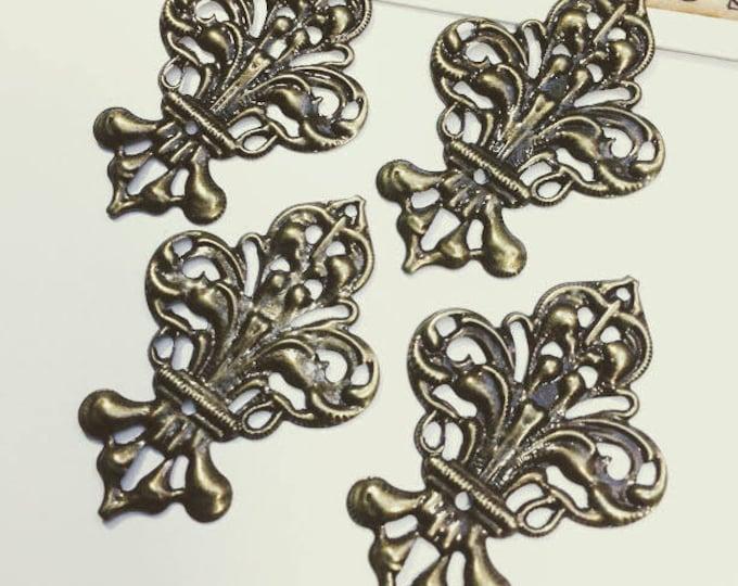 4 Bronze Fleur de Lis filigree stampings 50x35mm