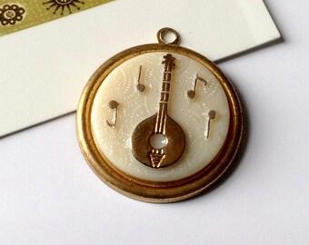Vintage Banjo Charm 25mm  musical instrument mandolin trinket, 1960s, brass & porcelain, West German #34B