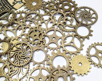 20 or 100 Steampunk mix Bronze Cog charms 18mm to 25mm