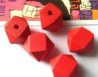 5 Red Wooden Geometric Beads 20mm