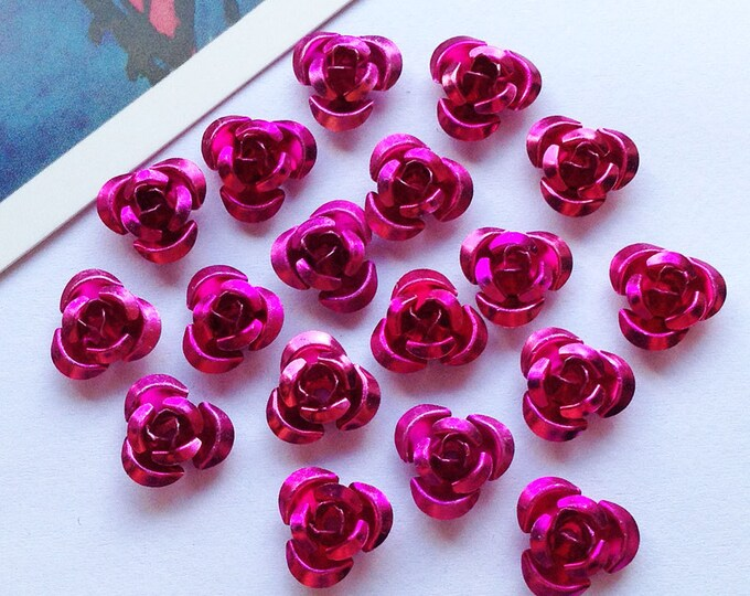 30 Fuchsia Pink metal rose beads 10mm aluminium flowers