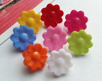 8 Colourful Flower Buttons 15mm
