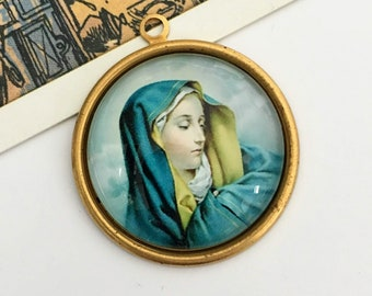Vintage Virgin Mary Charm 33x30mm