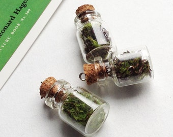 Mini glass terrarium bottle charm 25x15mm