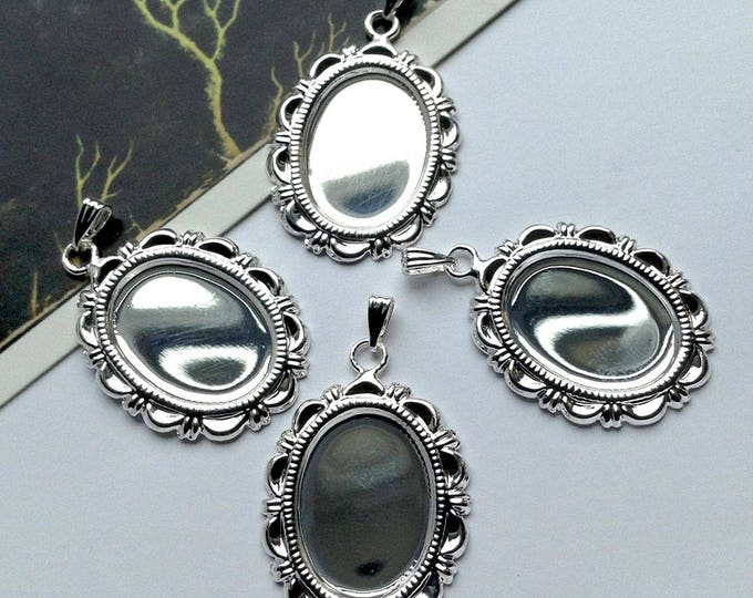 4 Shiny silver plated settings for an 18x13mm flatback cameo or cabochon
