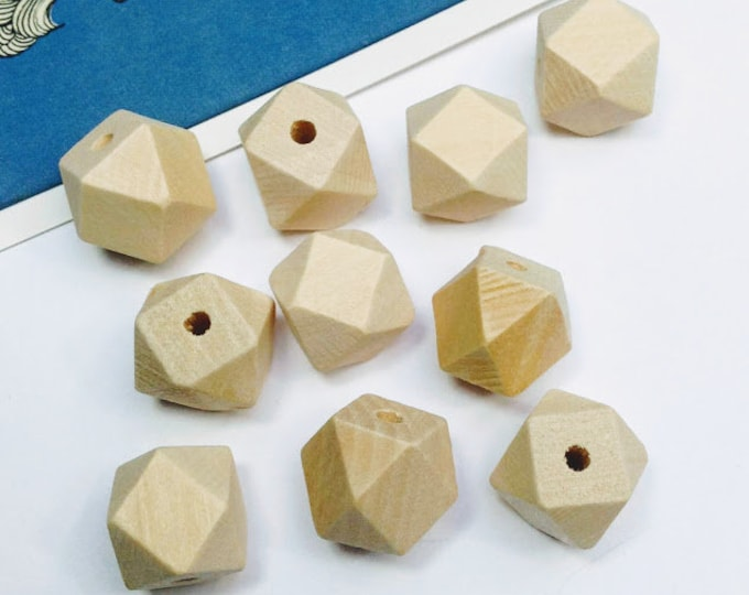 10 Natural Wooden Geometric / Polygon Beads 14mm