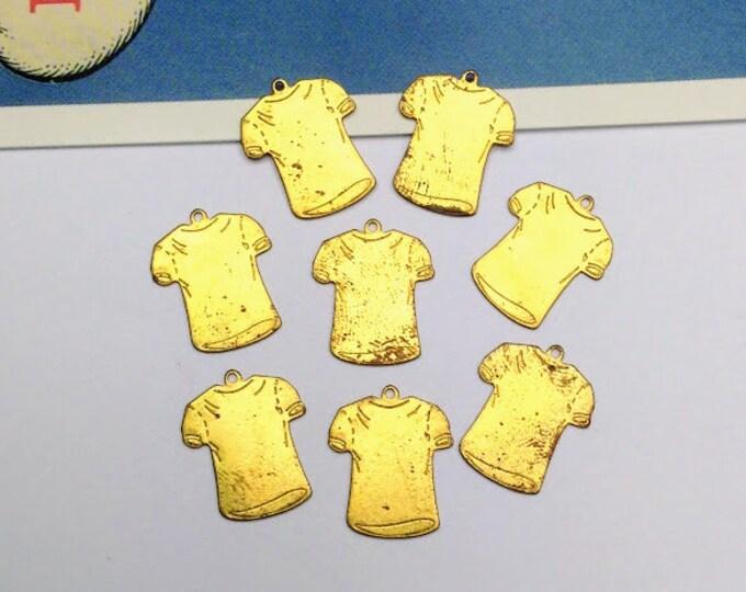 8 vintage brass mini T-Shirt charms 16x14mm